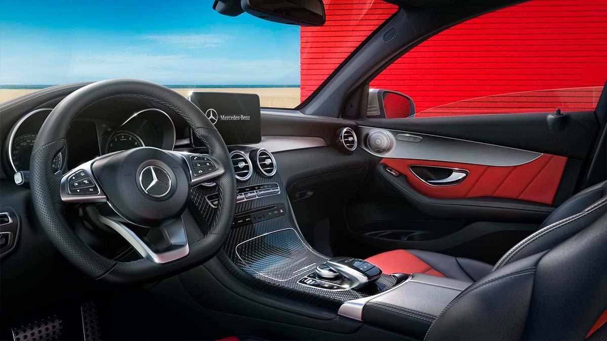 Fotos del interior de Mercedes-Benz Clase GLC en Cariope